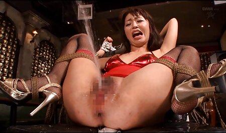 Sexy thailändisches Mädchen begierig auf kostenfreie erotikfilme großen weißen Schwanz