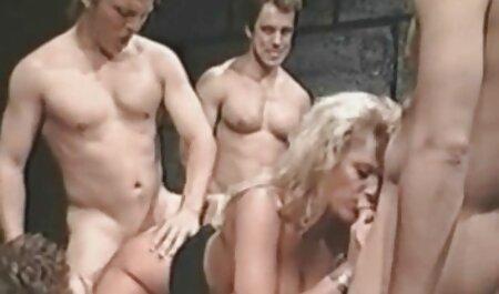 Deutscher Handwerker repariert sie gratis erotikfilme für frauen anstelle der Maschine