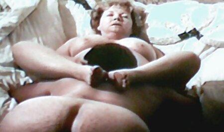 Zwei schöne Babes erotikfilme frei saugen und nehmen Kerl Schwanz im Bett