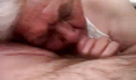 Monster asiatische erotikfilme kostenlos online Brustwarzen