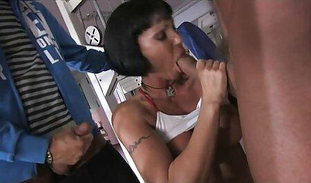 Misty kostenlose legale erotikfilme May ist so heiß in schwarzen Strümpfen und BH