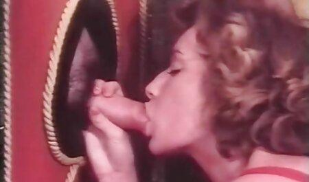 MILF Slut Syren DeMer Strippen für BBC in ihrem free erotikfilme hd Arsch