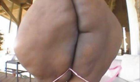 Blondie kostenlose erlaubte erotikfilme fickt Finger ihre Muschi, Sexmaschine in ihren Arsch