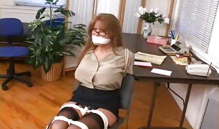 Bubble Butt Chick saugt Schwanz und bekommt kostenlose vintage erotikfilme Pussy Creampie