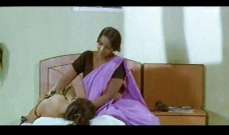 BBW mit dickem Kragen erotik filme gratis anschauen bekommt eine Gesichtsbehandlung von ihrem Meister