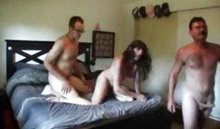 Japanisches Schulmädchen masturbiert mit kostenlose private erotikfilme Vibrator - Björk