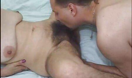 Zwei Freunde ficken ein erotikfilme kostenlos schauen Mädchen