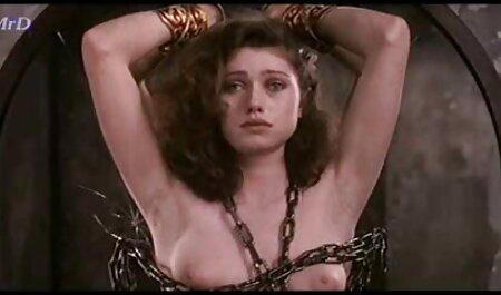 Maschinengangknall in kostenlose vintage erotikfilme einem Käfig