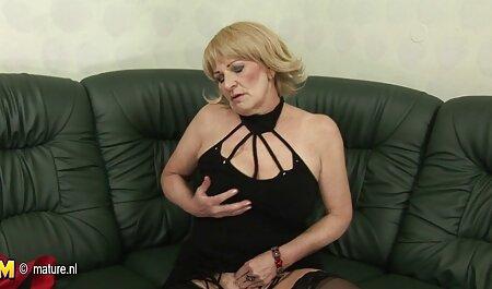 2 heiße Blondinen zu dritt im kostenlose erotikfilme zum anschauen Theater gefickt